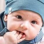 bonnet bébé fait main suisse bleu canard