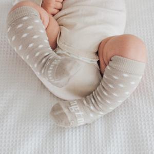 chaussettes en laine bébé beige